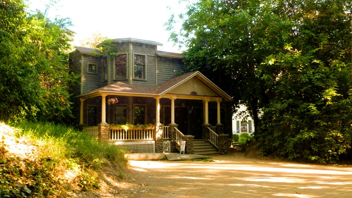 "Alison DiLaurentis' house in ""Pretty Little Liars"""
