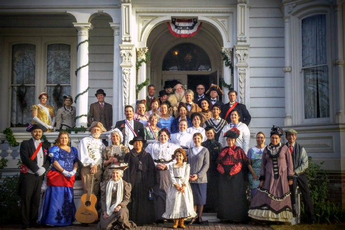 Cast of Holiday Lamplight Celebration at Heritage Square